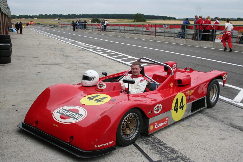 Lola T592